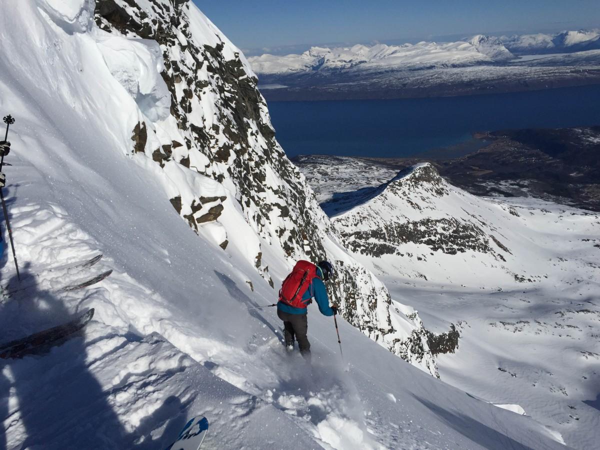 Lasse Gammel setter utfor fra toppen.