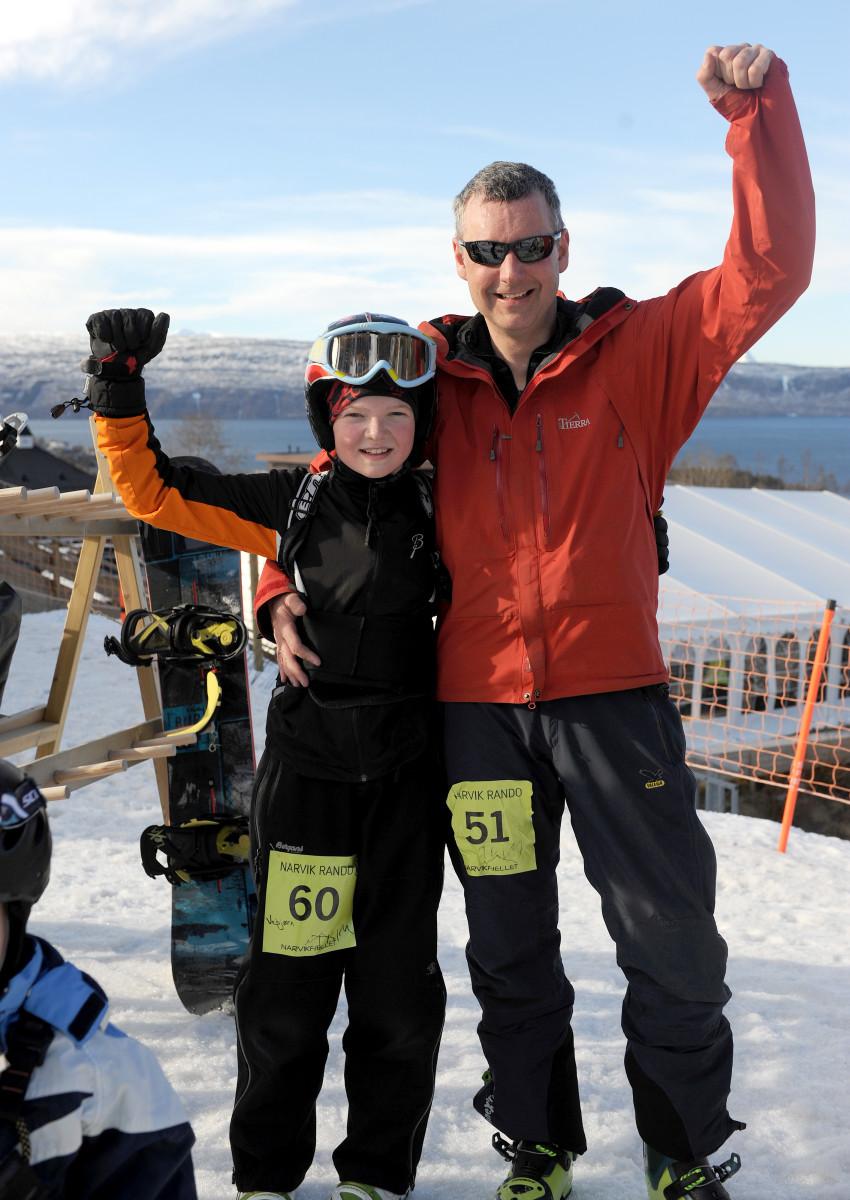 Yngste deltaker. Far og sønn, Jan-Arne Pettersen og Vebjørn Lunde, gjennomførte Narvik Rando i fin stil. Foto: Rune Dahl