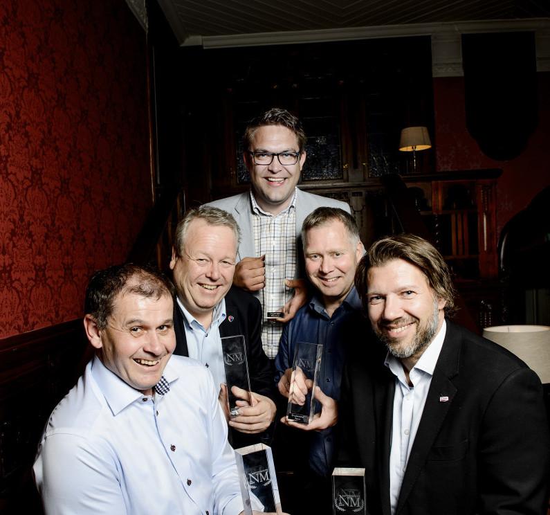 Alle Norgesmestrene samlet. Kenneth Kuraas i midten bak. Foto: John T. Pedersen