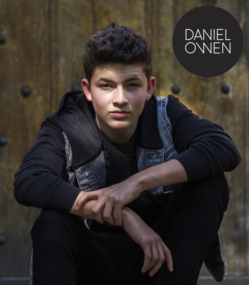Daniel Owen - Promopic 1