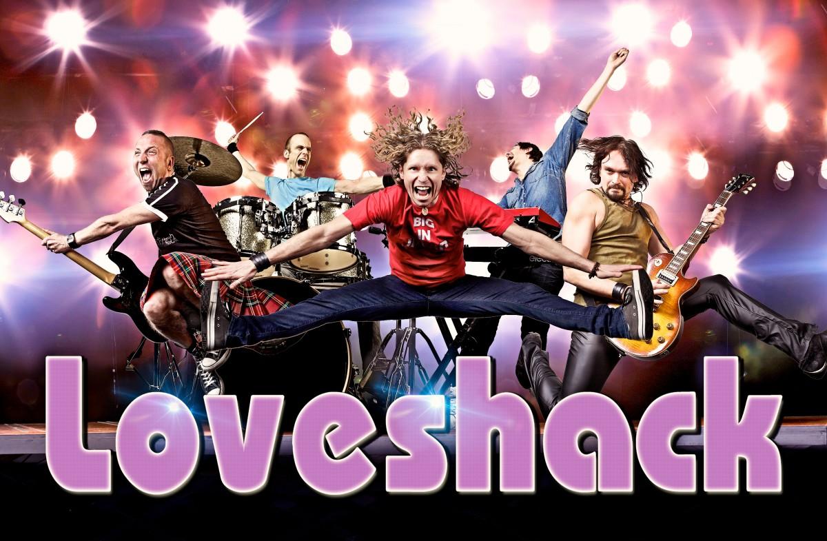 LOVESHACK, Norges beste coverband avslutter lørdagskvelden under Byfesten. - Folk som ikke har hoppa og dansa på noen år, skal gå ut med gangsperre fra festivalområdet, sier bandet selv.